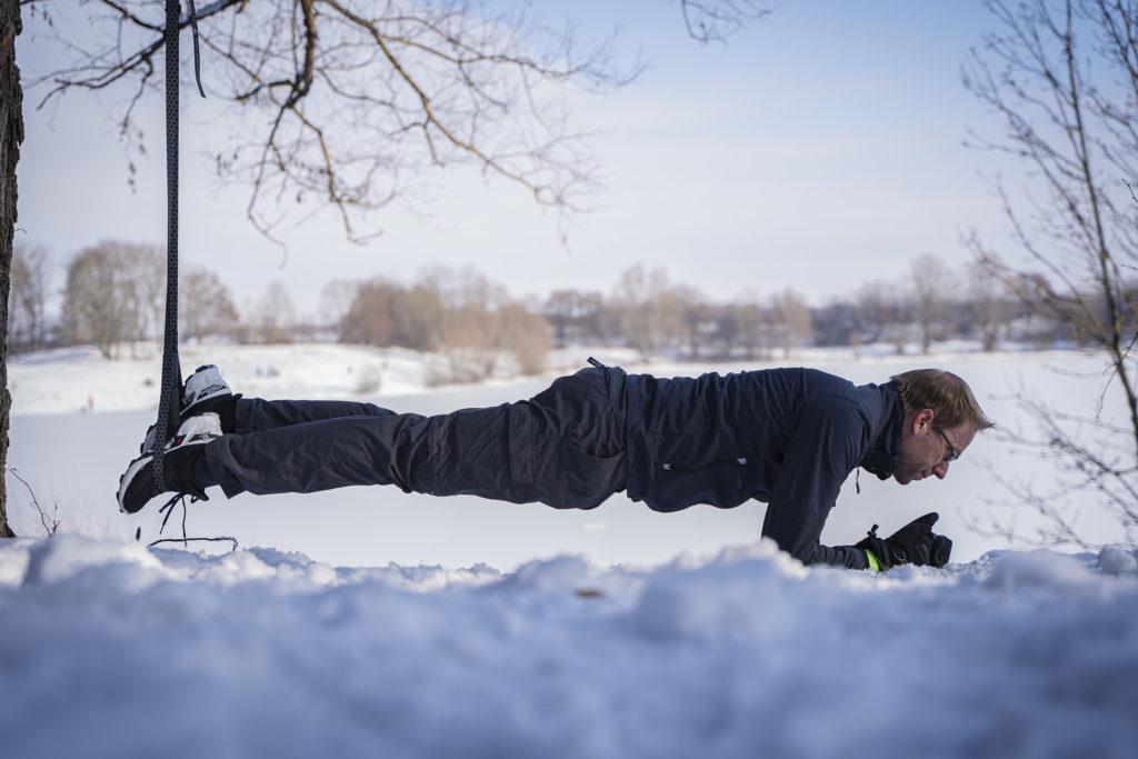 Planke mit dem Sling Trainer 1